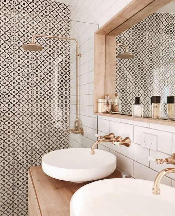 Badkamer-hout-goud